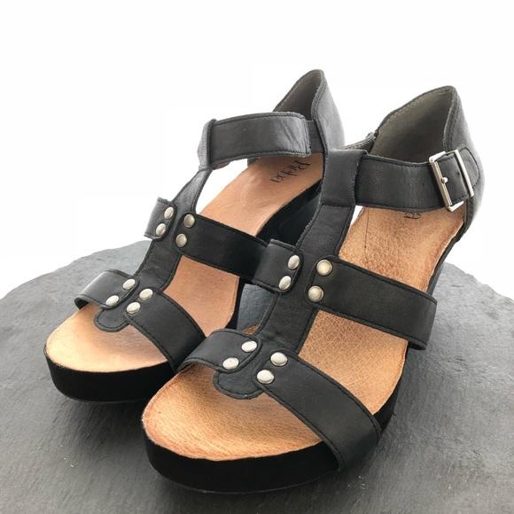 83457c10c37ef Reba Shoes - Reba open toe ankle strap heels women s size 10